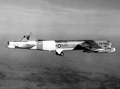 Boeing-B-52-fara-coada